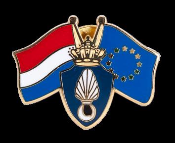 KMAR vlaggen pin met logo